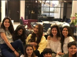 Auntyji.Indian Link