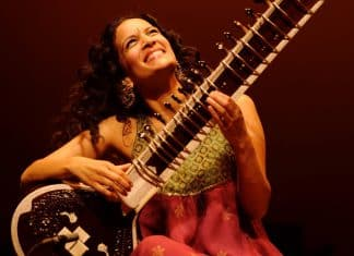 Anoushka Shankar.Indian Link