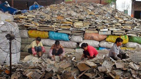 Waste.Indian Link