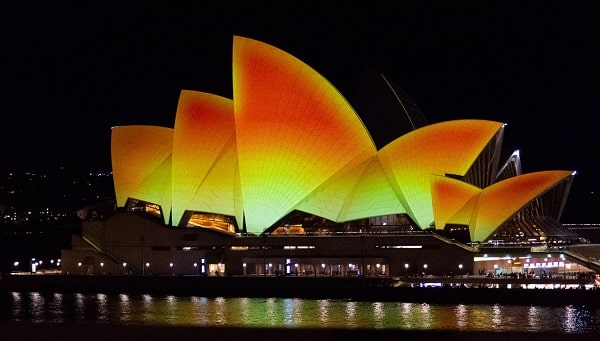 Opera house lit up for Diwali celebrations