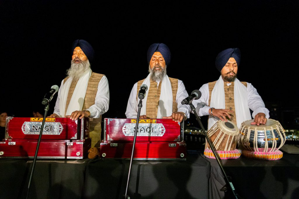 Shabad (Sikh prayers) sung by priests from the Sikh community