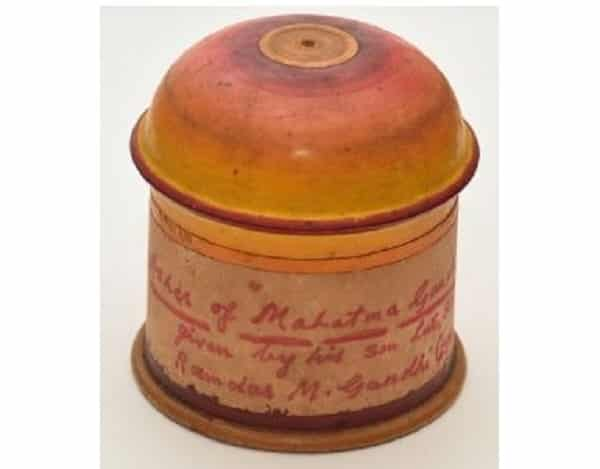An urn containing 100 gms of Gandhi's ashes