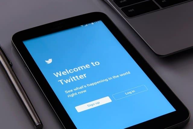 Twitter bans political ad content on platform