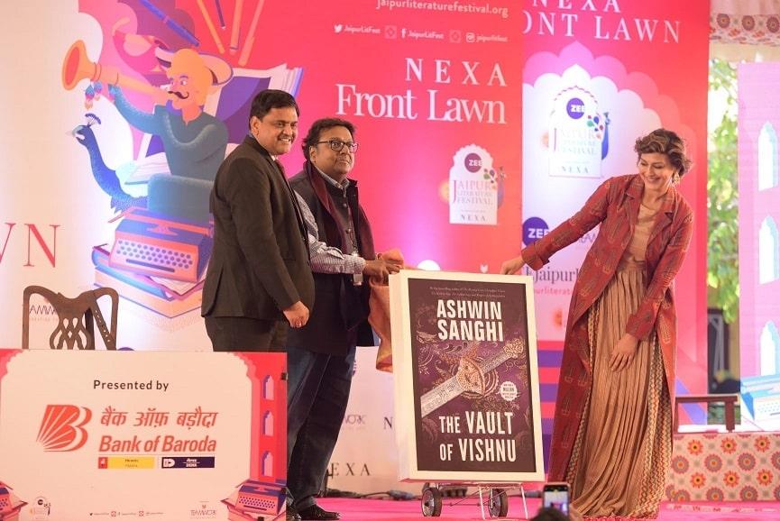 Sonali Bendre, inaugurated the book.