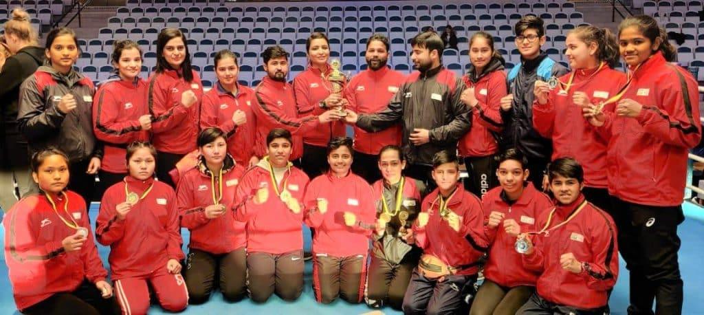 india women boxers