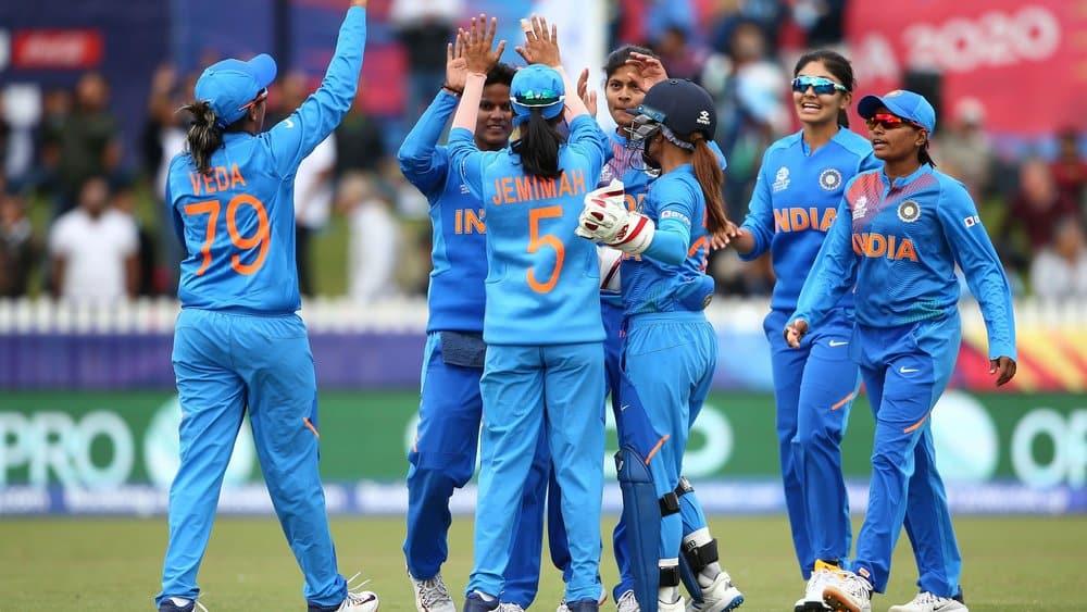 India tear through White Ferns to seal semi-final spot
