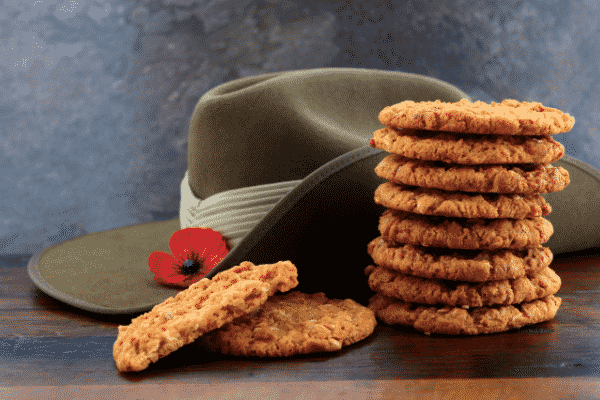 anzac biscuits recipe and story behind feeding the troops (anzac day)