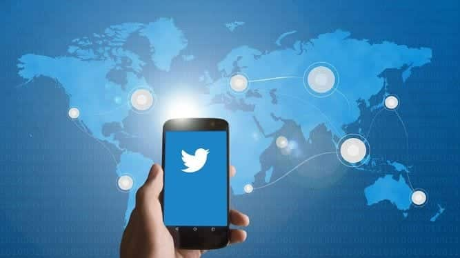 Twitter begins testing disappearing tweets feature 'Fleets' in India