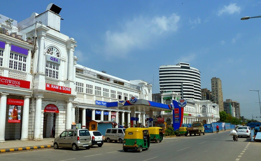 Rs 1000 fine for spitting in Connaught Place
