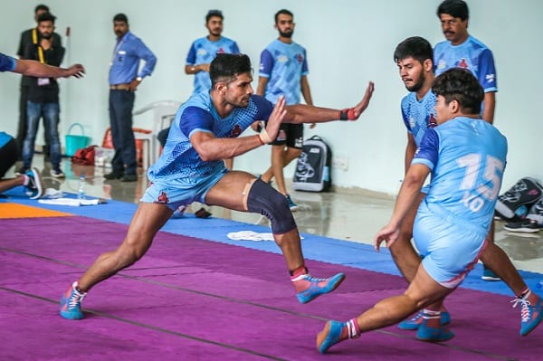 Source: Twitter. Deepak Hooda (centre) playing for the Jaipur Pink Panthers in 2018