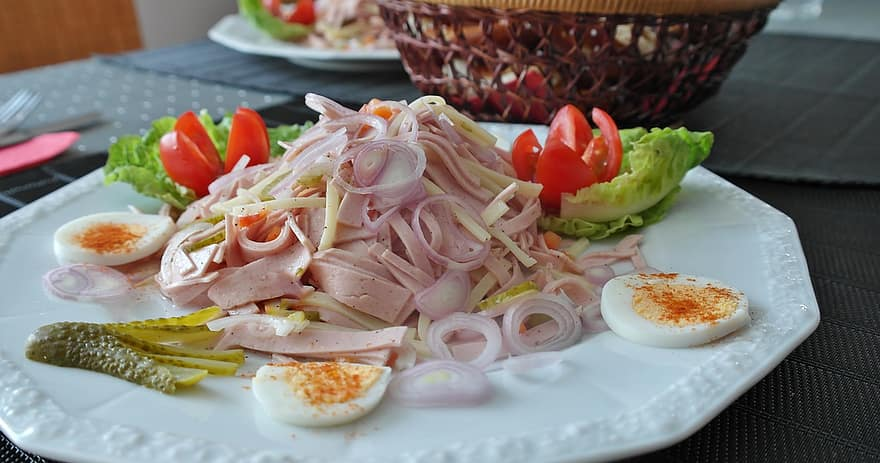 Indian style spring salad recipe for onion salad