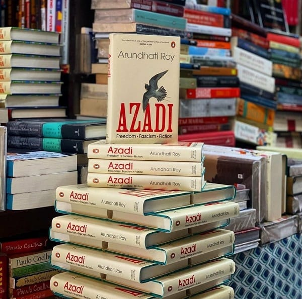 azadi arundhati roy book