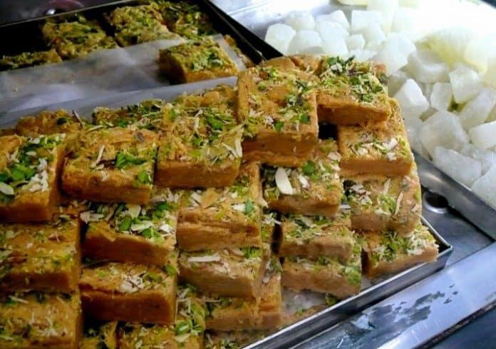 indian dessert soan papdi
