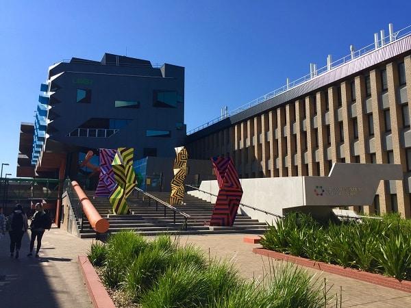 A view of the La Trobe LIMS building