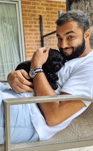akshai bhandari with puppy