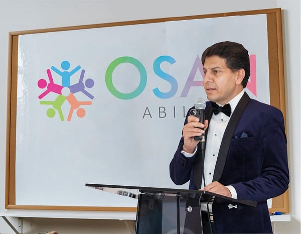 Dr Omer Khan