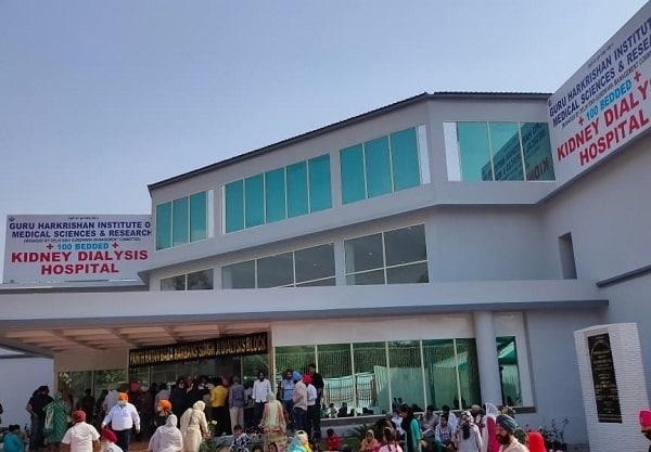 The free dialysis centre in Delhi's Gurudwara Bangla Sahib. Source: @mssirsa/Twitter