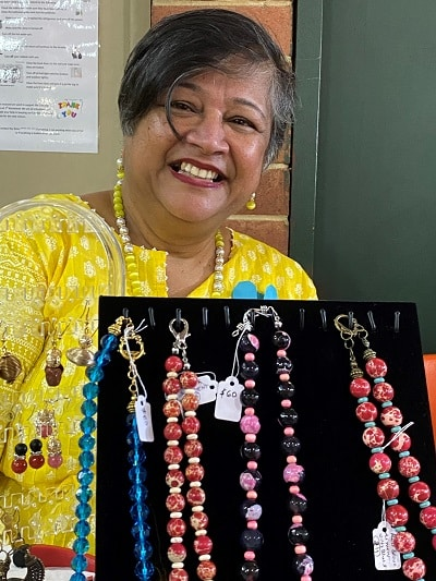 Art by Heart - Beaded jewellery maker Meena Patke.