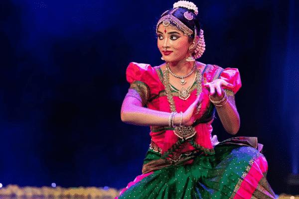 Snapshot of the graceful dancer